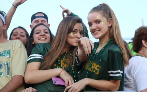 Flyers achieve 5-0 status during Homecoming Football Game against Parkway South